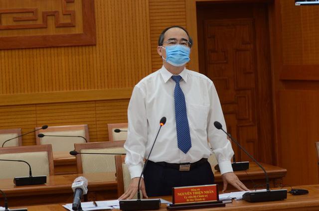 Ông Nguyễn Thiện Nhân: Dự kiến 15/5 cho học sinh TPHCM quay lại trường  - Ảnh 1.