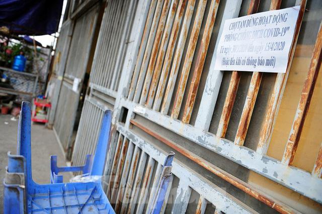 Chợ hoa lớn nhất Hà Nội đóng cửa chuyển sang bán hàng trực tuyến  - Ảnh 3.