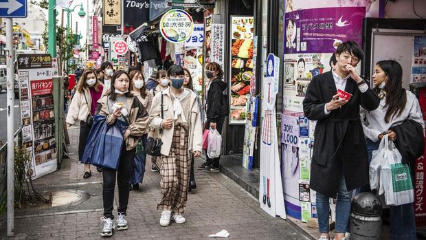 Những ổ dịch lẩn trốn trong bệnh viện: Y bác sĩ lo sợ Nhật Bản chưa chuẩn bị cho đợt bùng phát kinh khủng nhất của Covid-19 - Ảnh 3.