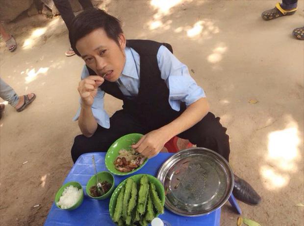 Hoài Linh và Quyền Linh chính là 2 nhân vật ăn uống giản dị nhất showbiz Việt, bữa cơm nào cũng toàn đạm bạc với cá mắm - Ảnh 3.