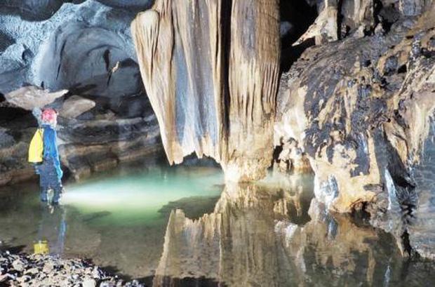 Nóng: Phát hiện thêm 12 hang động mới, hoàn toàn chưa có dấu chân người ở Quảng Bình - Ảnh 4.