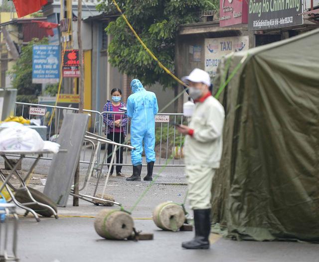 Cận cảnh thôn Hạ Lôi nơi bệnh nhân 243 mắc COVID-19 sinh sống ngày đầu cách ly  - Ảnh 7.