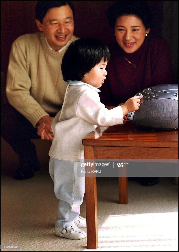 Hoàng hậu Masako - người mẹ từng vượt qua căn bệnh trầm cảm, dùng kỷ luật thép để dạy con sống như thường dân, không có đặc quyền dù là công chúa - Ảnh 8.