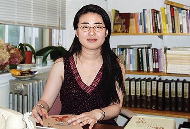 2 tuổi đã biết đọc viết, 13 tuổi vào đại học, 35 tuổi là Giáo sư Harvard: Tài giỏi vậy nhưng cô gái này có một quyết định gây tranh cãi - Ảnh 1.