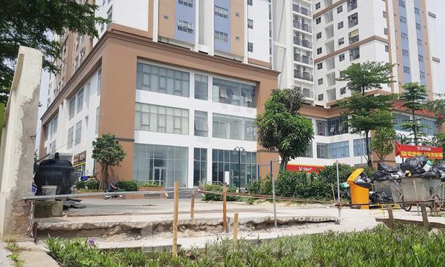 Cận cảnh khu chung cư bị đề nghị thanh tra vì làm mất đường đi ở Hà Nội  - Ảnh 11.