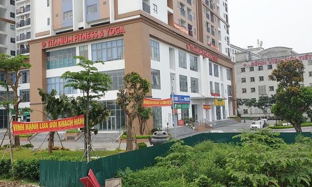 Cận cảnh khu chung cư bị đề nghị thanh tra vì làm mất đường đi ở Hà Nội  - Ảnh 6.