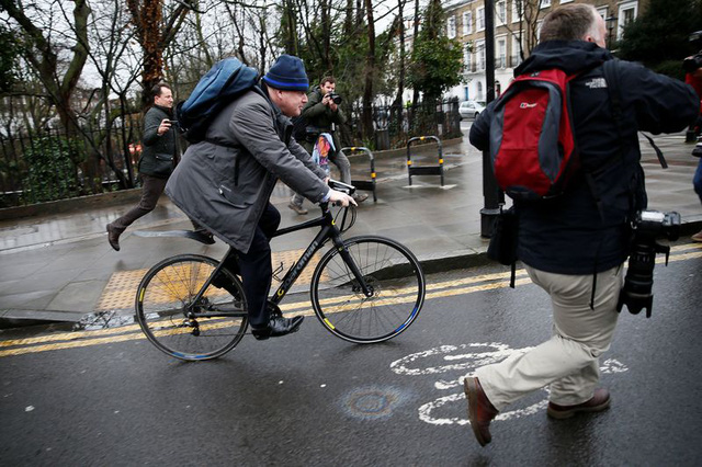 Xe đạp bất chợt bán chạy hơn cả xe máy, ô tô sau mùa dịch - Ảnh 1.