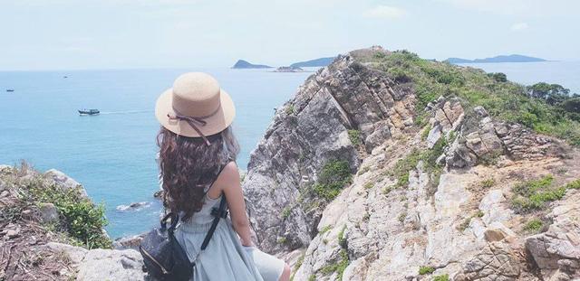 Ngoài các điểm tham quan miễn phí, Quảng Ninh còn vô vàn địa danh tuyệt đẹp không đi thì cực phí: Muốn biển có biển, muốn núi có núi!  - Ảnh 15.