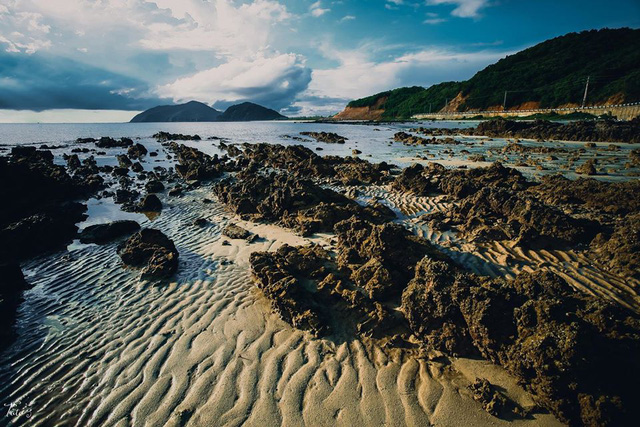 Ngoài các điểm tham quan miễn phí, Quảng Ninh còn vô vàn địa danh tuyệt đẹp không đi thì cực phí: Muốn biển có biển, muốn núi có núi!  - Ảnh 16.