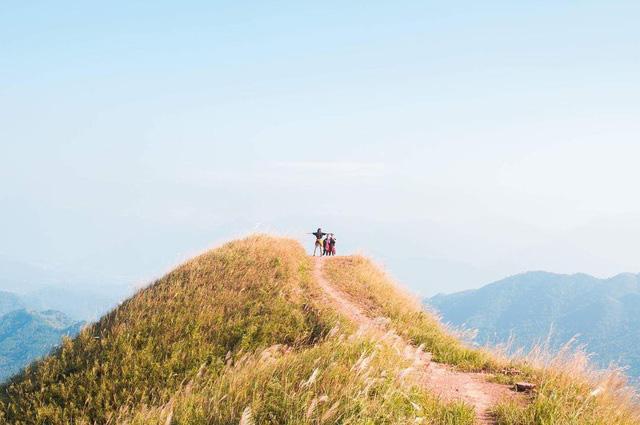 Ngoài các điểm tham quan miễn phí, Quảng Ninh còn vô vàn địa danh tuyệt đẹp không đi thì cực phí: Muốn biển có biển, muốn núi có núi!  - Ảnh 26.