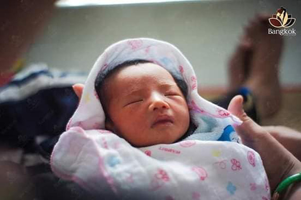 Người đàn ông Việt Nam đầu tiên mang bầu đã lâm bồn, hình ảnh cực dễ thương của em bé đặc biệt khiến dân mạng xuýt xoa - Ảnh 5.