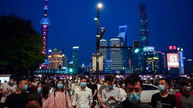 Việt Nam có đang bỏ lỡ cơ hội từ kinh tế đêm để tạo ra một trạng thái bình thường mới tốt hơn cho ngành du lịch hậu Covid-19?  - Ảnh 3.