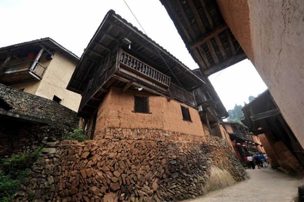 Bí ẩn đến nay vẫn chưa có lời giải đáp: Ngôi làng nằm trên núi không một con muỗi nào dám bén mảng đến suốt 100 năm qua - Ảnh 8.