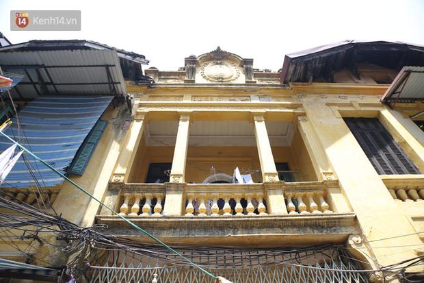 Ngắm ngôi biệt thự 800m2 của đại gia giàu nhất phố cổ Hà Nội một thời, từng xuất hiện trên nhiều bộ phim nổi tiếng - Ảnh 3.