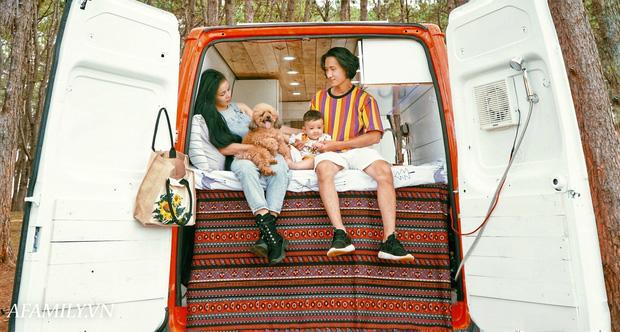 Đôi vợ chồng bỏ 120 triệu đồng mua ô tô cũ về làm thành ngôi nhà di động với đầy đủ bếp núc, phòng ngủ rồi chở con đi du lịch khắp Việt Nam! - Ảnh 6.