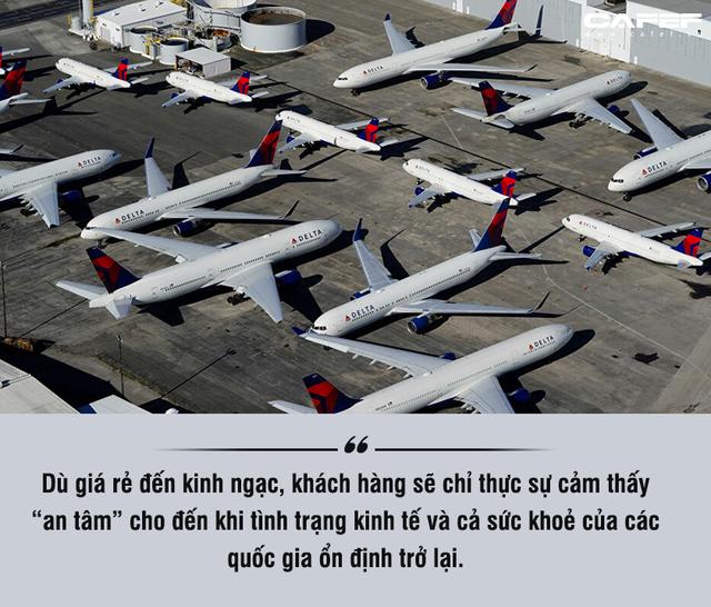Giá vé máy bay sẽ đắt cắt cổ sau Covid-19 và liệu có người mua? - Ảnh 4.