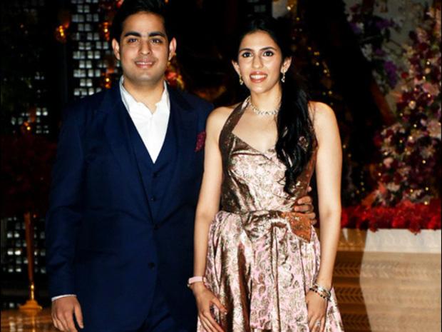 Con dâu của tỷ phú giàu nhất châu Á: Gia thế không tầm thường, nên duyên từ năm 4 tuổi và được mẹ chồng cưng chiều với quà cưới 1000 tỷ đồng - Ảnh 7.