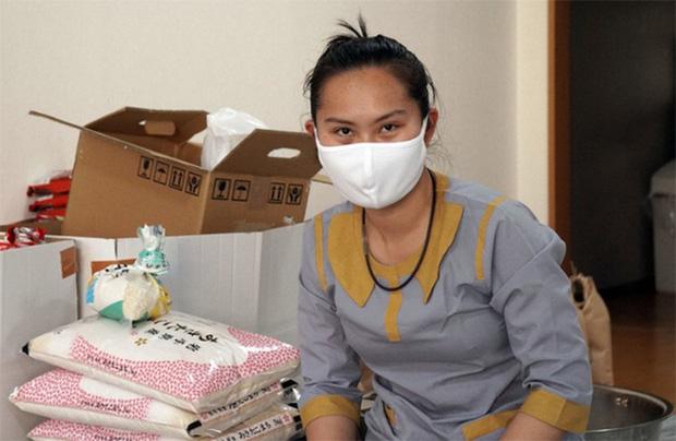 Mắc kẹt vì Covid-19, du học sinh Việt Nam tại Nhật ngủ vùi để tránh xài tiền - Ảnh 2.