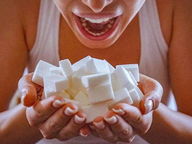 7 loại thực phẩm phổ biến gây hại cho não - Ảnh 2.
