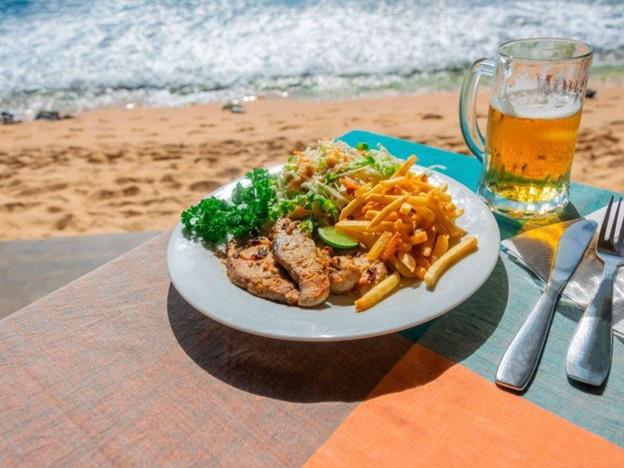 7 loại thực phẩm phổ biến gây hại cho não - Ảnh 3.