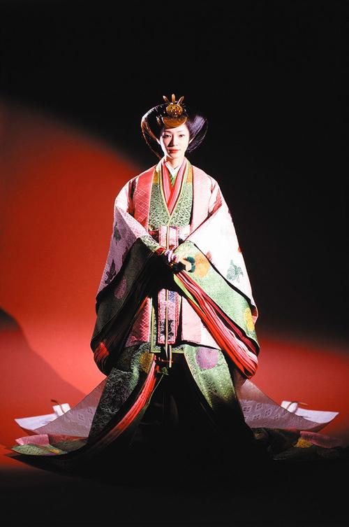 Điều ít biết về bộ trang phục 12 lớp, nặng 20kg đỉnh cao vẻ đẹp trang phục truyền thống Nhật Bản, Hoàng hậu Masako cũng từng mặc ngày đăng quang - Ảnh 6.