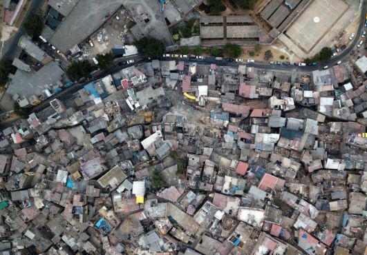 Các khu ổ chuột tại Mỹ Latinh đối mặt với thất bại trong cuộc chiến chống COVID-19 - Ảnh 2.