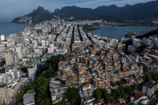 Các khu ổ chuột tại Mỹ Latinh đối mặt với thất bại trong cuộc chiến chống COVID-19 - Ảnh 3.