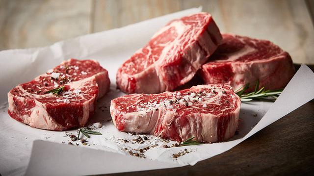 WHO giải đáp 14 thông tin QUAN TRỌNG về nguy cơ ung thư khi ăn thịt đỏ và thịt đã qua chế biến: Mọi gia đình đều cần biết để ăn cho đúng  - Ảnh 1.