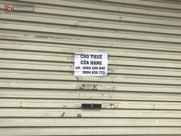 Phố kinh doanh sầm uất tại Hà Nội đồng loạt đóng cửa treo biển sang nhượng, cho thuê cửa hàng do ảnh hưởng bởi dịch COVID-19  - Ảnh 13.
