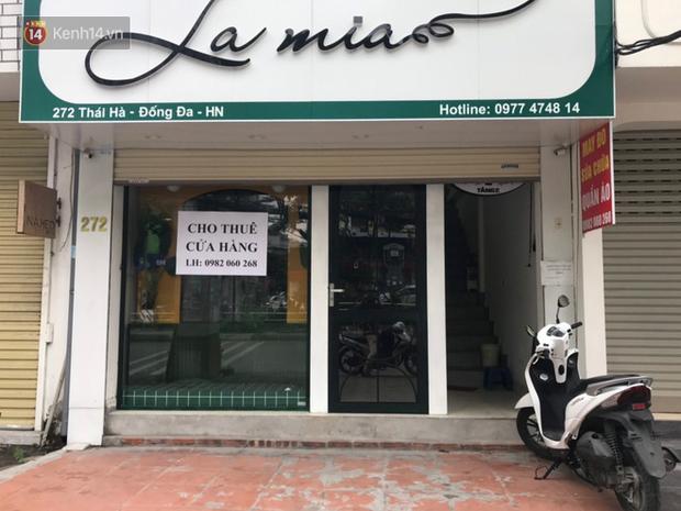 Phố kinh doanh sầm uất tại Hà Nội đồng loạt đóng cửa treo biển sang nhượng, cho thuê cửa hàng do ảnh hưởng bởi dịch COVID-19  - Ảnh 7.