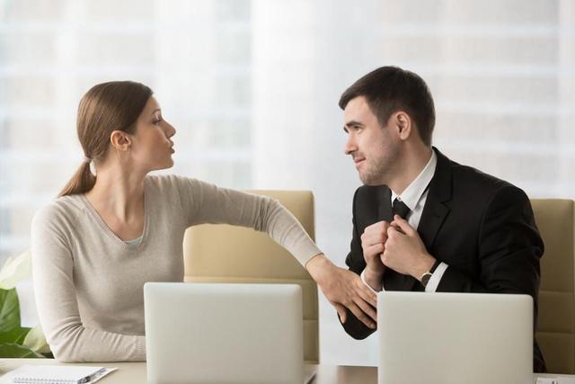 Sự nghiệp thành hay bại là do cách ứng xử: 6 thói quen hủy hoại danh tiếng ít người nhận ra  - Ảnh 2.