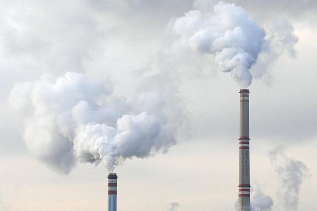 Tại sao giá xăng giảm nhưng số lượng các nhà máy nhiệt điện than ở Trung Quốc lại tăng?  - Ảnh 1.