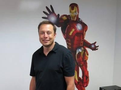 Nếu CEO Tim Cook là bậc thầy kinh doanh, thì CEO Elon Musk là bậc thầy về quảng cáo, mặc dù chưa từng chi dù chỉ 1 xu cho quảng cáo - Ảnh 7.
