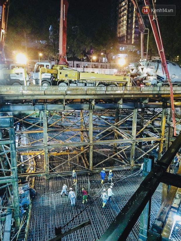 Flycam cận cảnh nhà ga ngầm trung tâm Bến Thành, công trình phức tạp nhất vì kết nối 4 tuyến Metro ở Sài Gòn - Ảnh 15.
