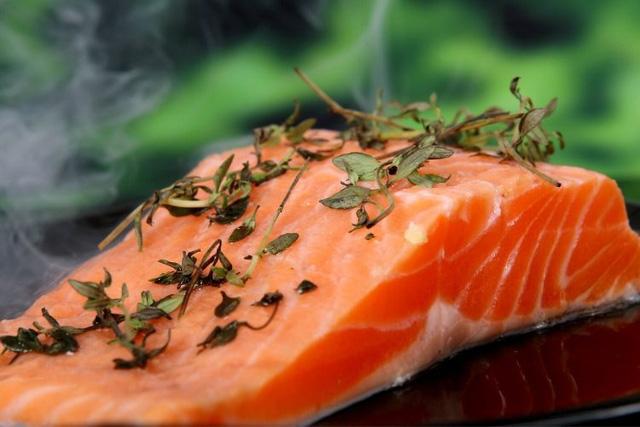 10 loại thực phẩm giúp tăng cường trí nhớ và cải thiện sự tập trung: Món số 3 quen thuộc và rẻ tiền đến bất ngờ!  - Ảnh 4.