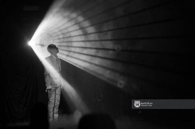 SKY TOUR MOVIE của Sơn Tùng M-TP thu về doanh thu thấp ngã ngửa sau ngày đầu công chiếu - Ảnh 6.