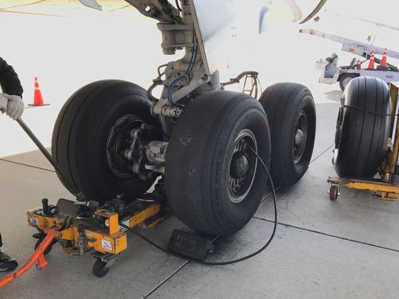 Những điều không phải ai cũng biết về lốp máy bay - Ảnh 3.