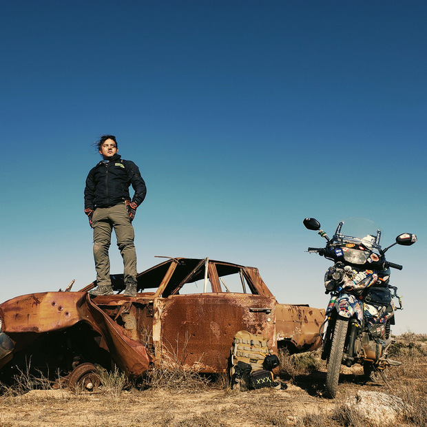 Phượt thủ Đăng Khoa đi khắp thế giới bằng xe máy trong 3 năm vừa về Việt Nam đã đến thẳng khu cách ly ở Hưng Yên - Ảnh 3.