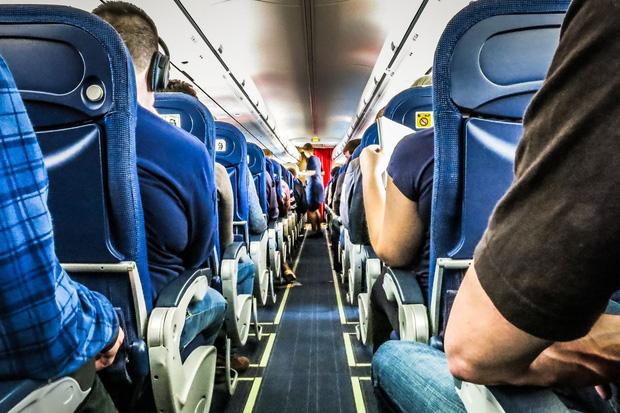 Hàng không thời Covid-19: Đây là trải nghiệm trên các chuyến bay lớn nhất châu Âu ngay lúc này - Ảnh 3.