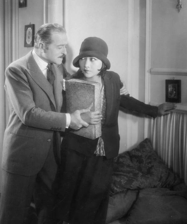 Hoàng Liễu Sương - Hành trình từ nữ diễn viên bị phân biệt đối xử đến minh tinh gốc Á đầu tiên được vinh danh trên bầu trời Hollywood  - Ảnh 4.