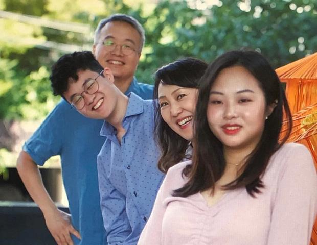 Những Ông bố ngỗng ở Hàn Quốc: Nai lưng làm việc để vợ con được ra nước ngoài sống, chấp nhận cuộc đời gắn liền với những bữa cơm một mình - Ảnh 4.