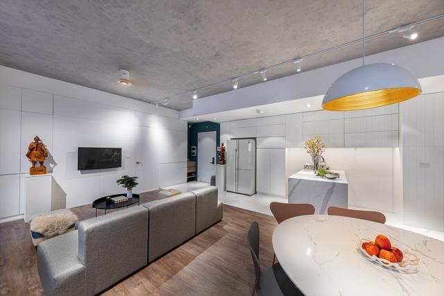 Căn hộ 130 m2 ở trung tâm Hà Nội phá vỡ mọi nguyên tắc thiết kế truyền thống  - Ảnh 6.