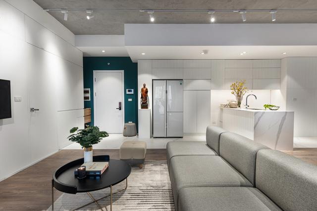 Căn hộ 130 m2 ở trung tâm Hà Nội phá vỡ mọi nguyên tắc thiết kế truyền thống  - Ảnh 8.
