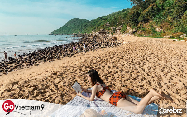Cách Hà Nội 4 giờ đồng hồ, biển Bãi Đông vừa sạch vừa vắng
