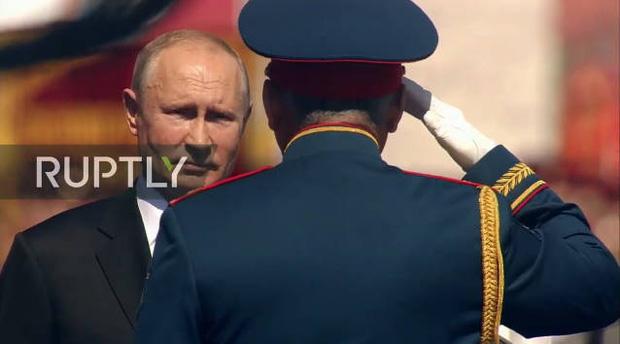 Mãn nhãn với màn duyệt binh hoành tráng nước Nga mừng 75 năm chiến thắng Thế chiến II: 14.000 binh sĩ, 234 khí tài cơ giới và 75 máy bay - Ảnh 13.