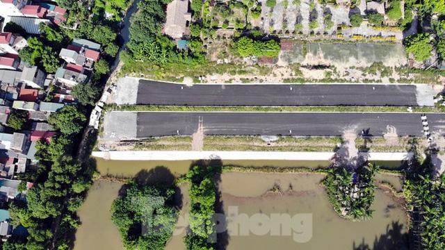 Nhìn gần con đường nghìn tỷ ở trung tâm Hà Nội sau hai năm làm được vài trăm mét  - Ảnh 6.