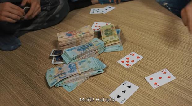 Giang hồ mạng Huấn Hoa Hồng ngang nhiên làm MV quảng cáo game đánh bạc: Có thể bị xử lý hình sự - Ảnh 20.