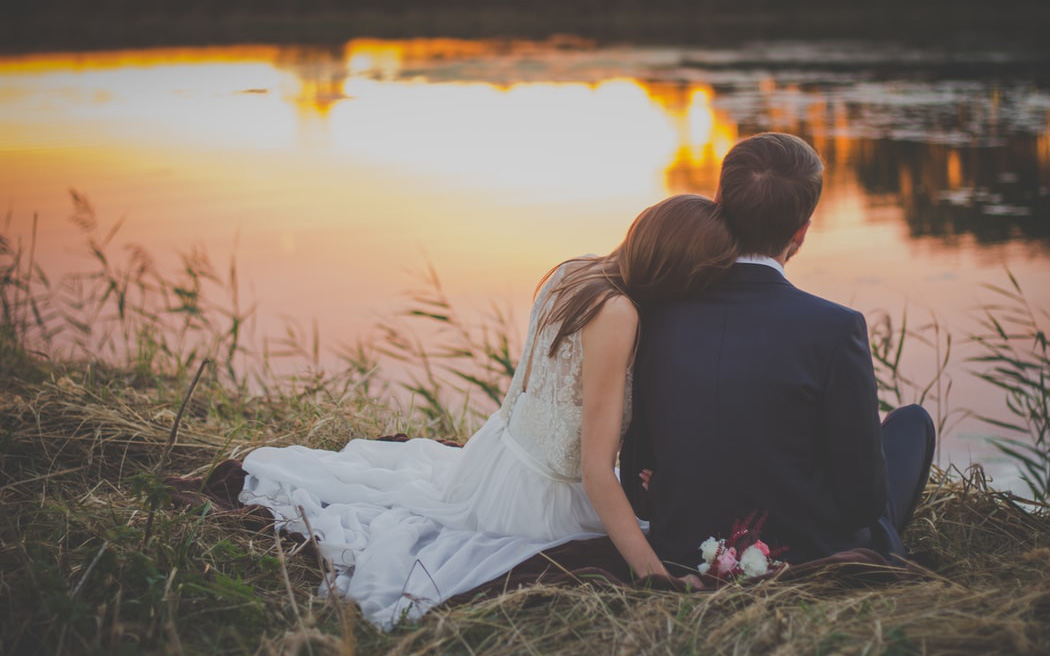 Hôn nhân đẹp nhất không phải là góp gạo thổi cơm chung, mà là năm tháng về sau