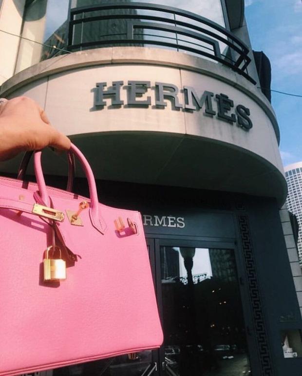Đường dây làm giả túi Hermès Birkin có sự tham gia của cựu nhân viên hãng: 1 trong 3 đầu sỏ là người đang thường trú tại Việt Nam - Ảnh 1.
