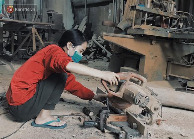 """Bỏ công việc 30 triệu/tháng, mẹ trẻ về làm nghề thợ mộc để """"khắc tiếp ước mơ của bố"""" - Ảnh 10."""